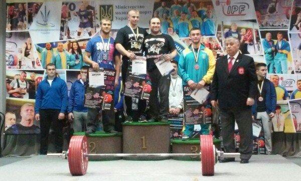 Хмельницький спортсмен здобув золоту медаль у Кубку України з пауерліфтінгу (Фото) (фото) - фото 1