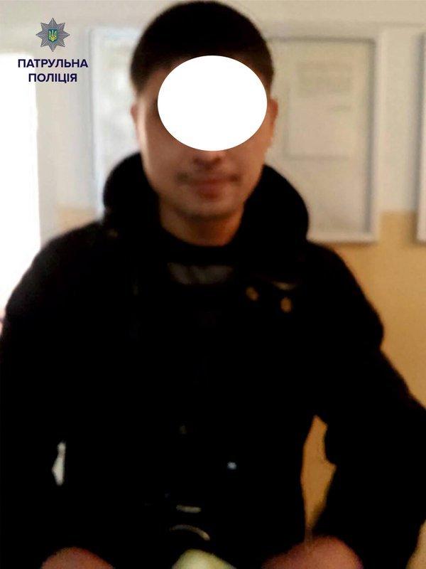 За водіння у нетверезому стані був затриманий активіст ДК «Захід» (ФОТО) (фото) - фото 1
