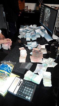 В Днепропетровске ликвидирован незаконный покерный клуб (ФОТО) (фото) - фото 3