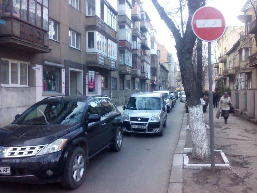 На Франка і прилеглих вулицях ускладнений рух (ФОТО), фото-5