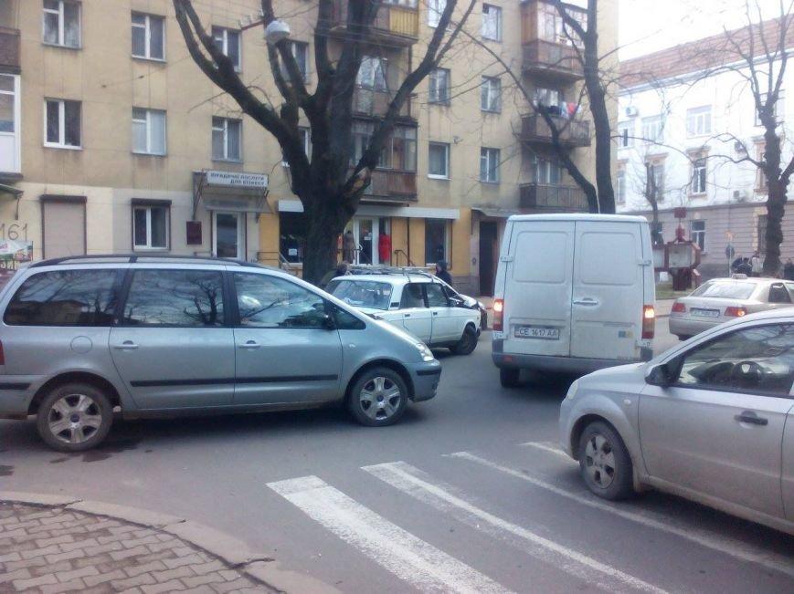На Франка і прилеглих вулицях ускладнений рух (ФОТО), фото-4