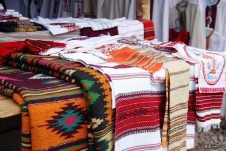 Косівський ринок: його унікальність та гуцульський колорит (фото) - фото 2