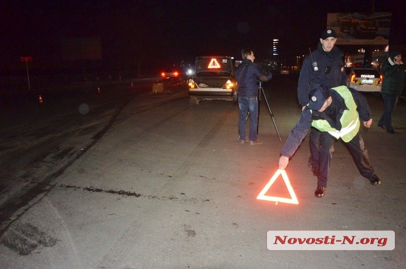 В Николаеве полисмен прокатил на капоте мужчину: пострадавший в тяжелом состоянии (ФОТО) (фото) - фото 2