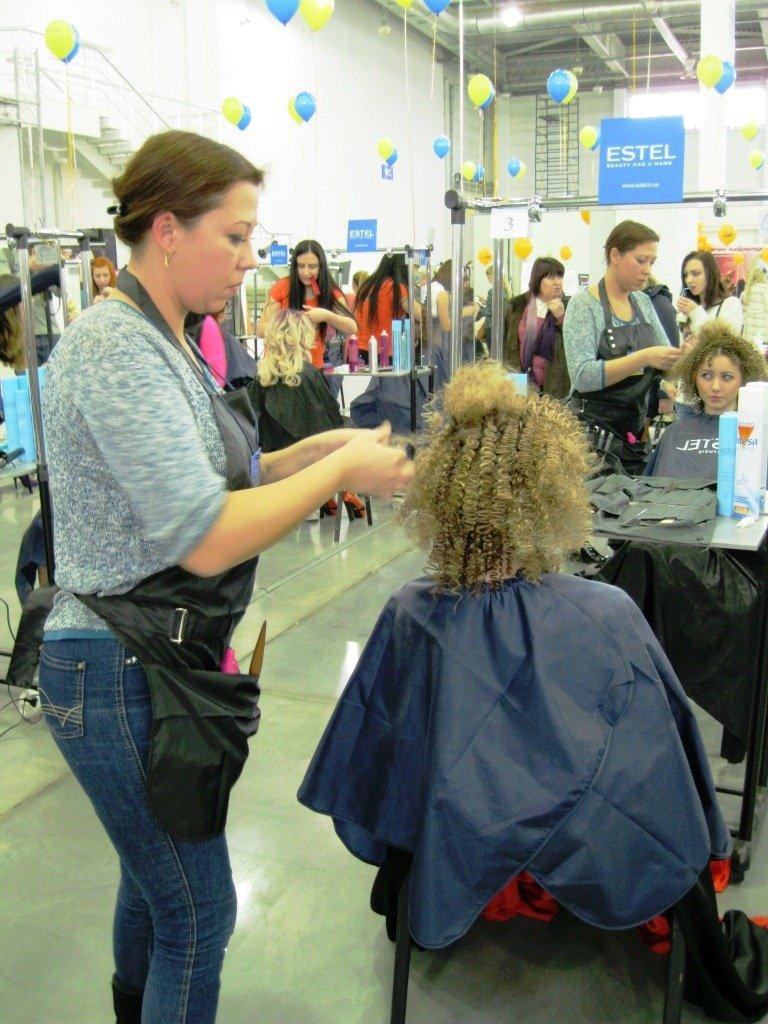 Криворожские парикмахеры стали победителями отборочного чемпионата страны (ФОТО) (фото) - фото 1