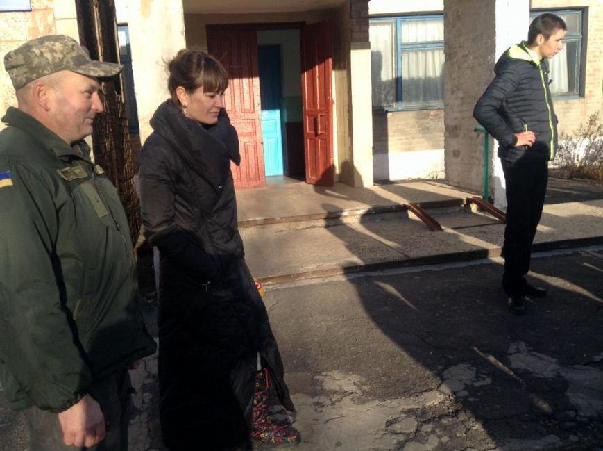 За месяц без света жители Гранитного приспособились жить с надеждой на чудо (ФОТО, ВИДЕО), фото-1