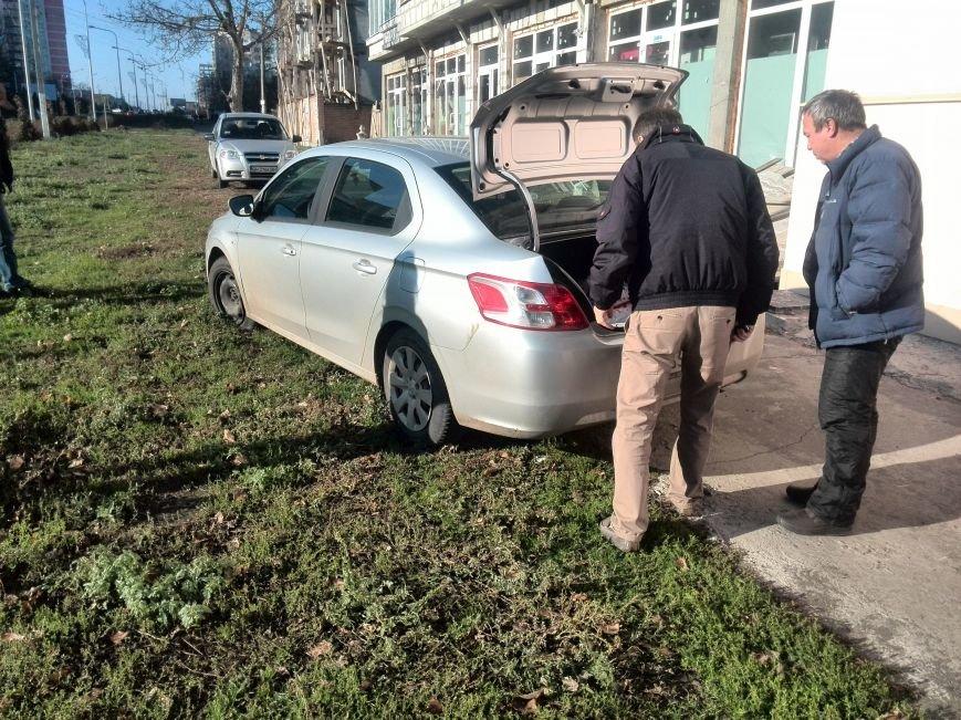 ДТП в Ильичёвске, нарушитель скрылся!, фото-3