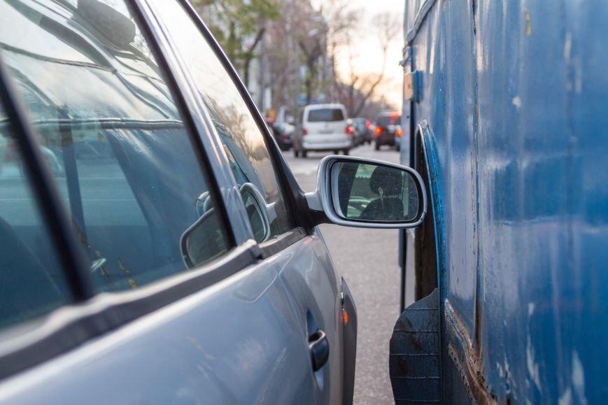 80b61ce26be8d64c16ab11fa51564e5f В Одессе троллейбус попал в ДТП