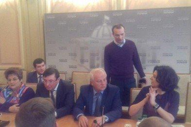 В Кривом Роге: сироте отремонтировали квартиру, спецкомиссия рекомендовала перевыборы мэра, а нардеп предложил создать Криворожскую область, фото-2