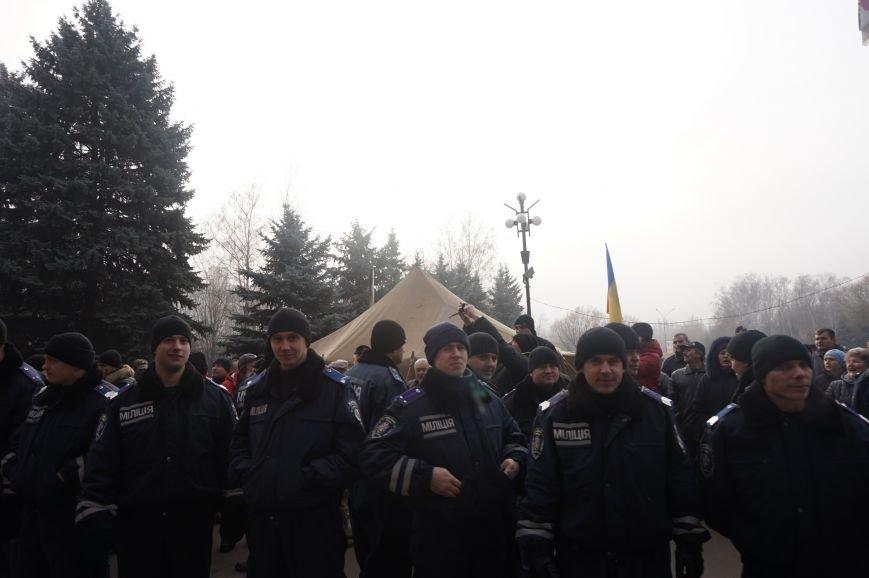 В поддержку Юрия Вилкула на митинг привезли представителей профсоюзов и спортивных федераций (ФОТО) (фото) - фото 2