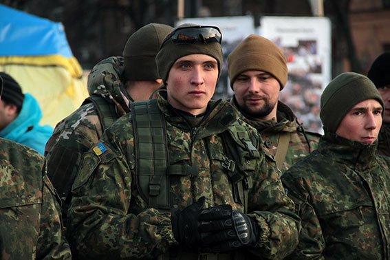 Харьковчани приехали защищать Мариуполь от диверсантов (ФОТО) (фото) - фото 1