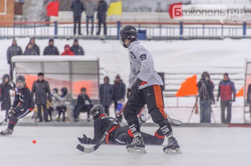 Итоги второго дня международного турнира по хоккею с мячом памяти заслуженного тренера России Ю.А. Балдина (фото) - фото 1