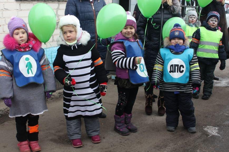 В Белгороде на маршрут вышли автобус и троллейбусы с детскими рисунками о дорожной безопасности, фото-4