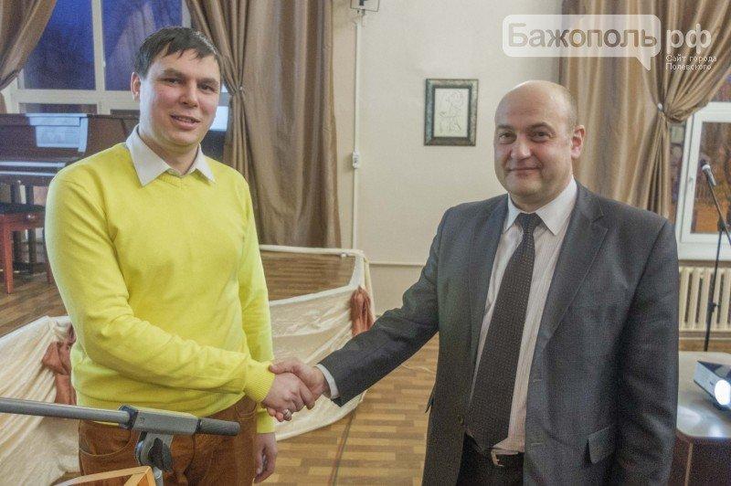 На градообразующем предприятии Полевского выбирали молодёжного лидера (фото) - фото 1