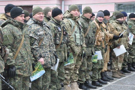 В Полтаві відбулась ротація правоохоронців, які вирушили в зону АТО (фото) - фото 2