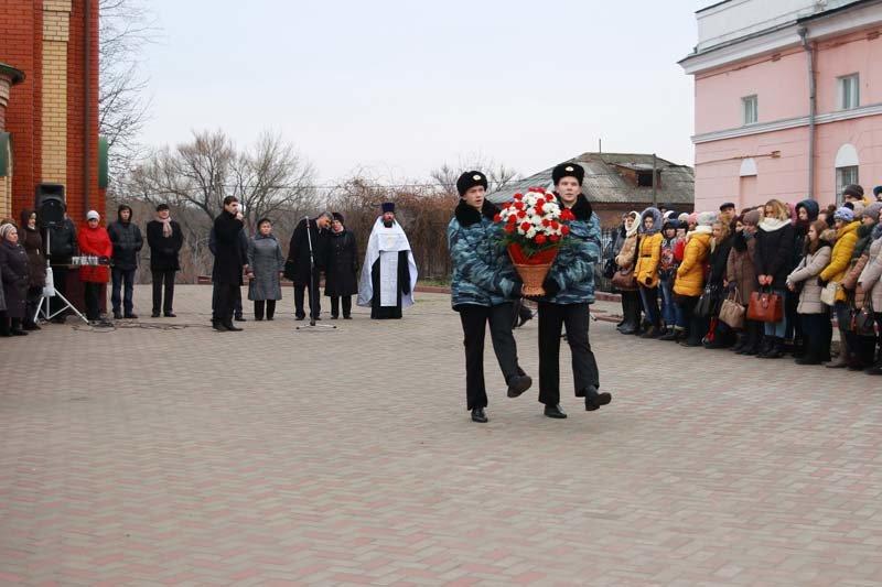 Жители города вспомнили земляков, погибших в Чечне (фото) - фото 6