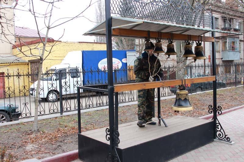 Жители города вспомнили земляков, погибших в Чечне (фото) - фото 3