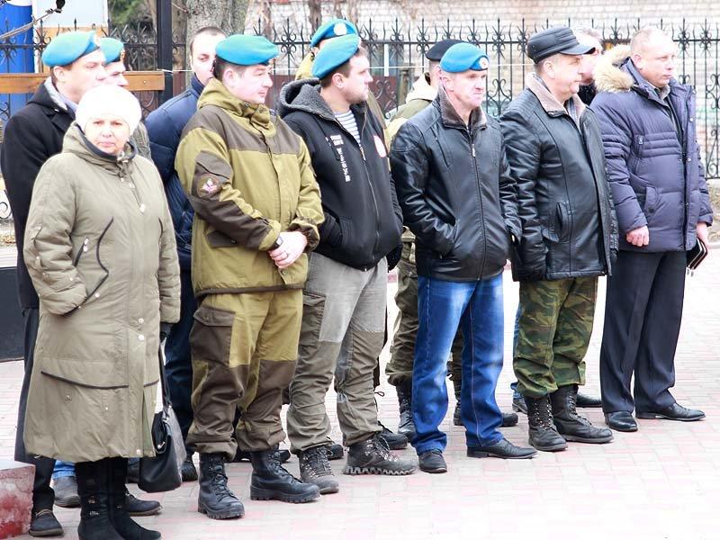 Жители города вспомнили земляков, погибших в Чечне (фото) - фото 5