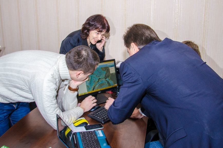 Днепропетровщина первой в Украине открыла «Единое окно» для оформления земли атошникам, фото-2