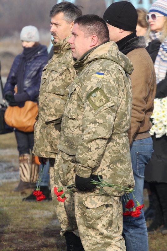 На Днепропетровщине провели в последний путь еще 9 неизвестных солдат (ФОТО) (фото) - фото 7