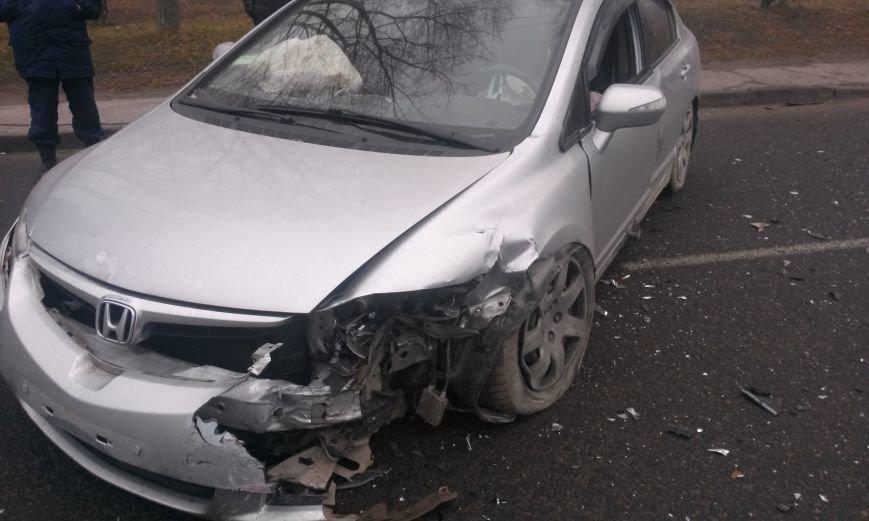 ДТП в Днепропетровске: столкнулись «Таврия» и Honda Civic (ФОТО, ВИДЕО), фото-1
