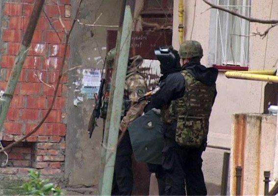 370931c7715fce0bed83d295ce3648e4 Пятничный переполох в Одессе – в центре города мужчина хотел подорвать дом