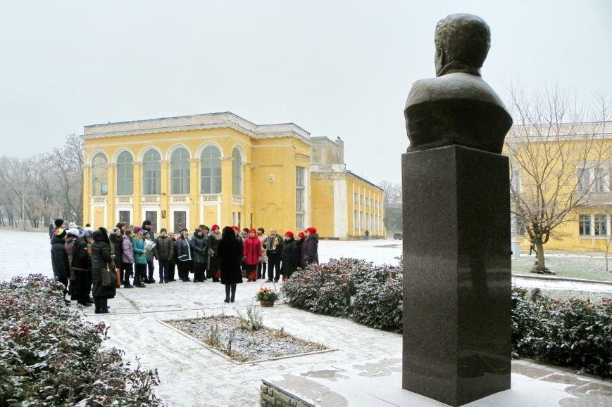 В Краматорске отметили годовщину рождения Леонида Быкова (фото) - фото 1