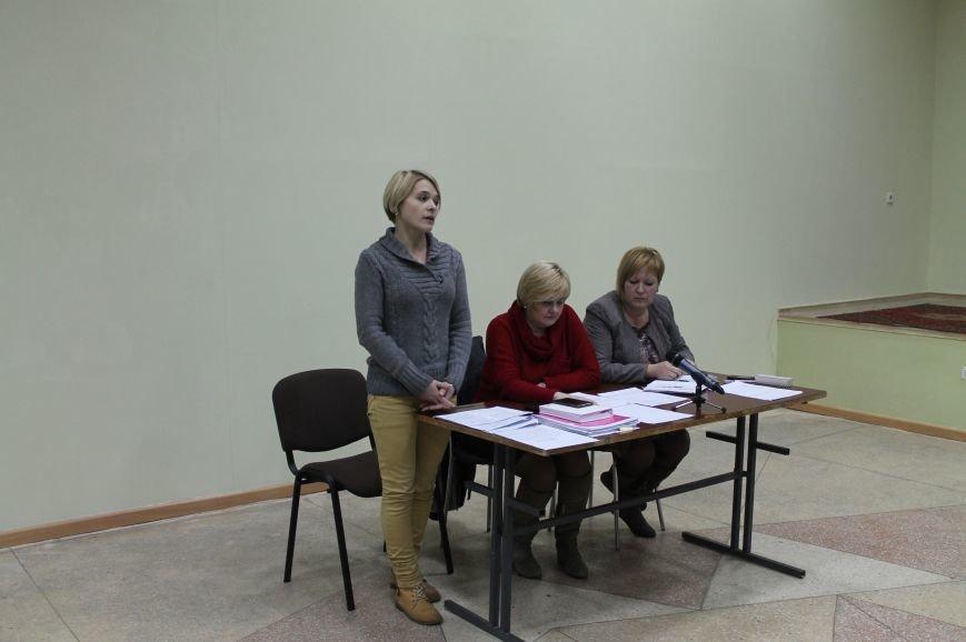 Жители Артемовска-Бахмута на общественных слушаниях проголосовали за объединение территориальной громады, фото-2
