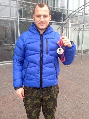 Зозуля продает медаль финалиста Лиги Европы (фото) - фото 1