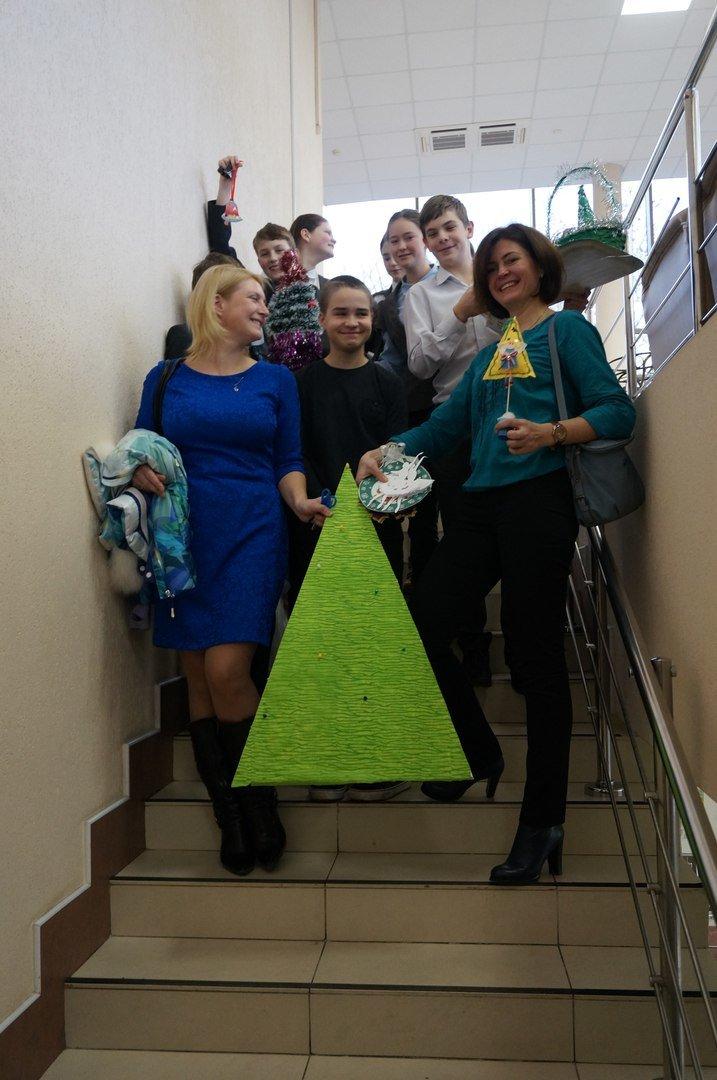 Дети из пушкинского интерната провели новогодние мастер-классы для школьников (фото) - фото 1
