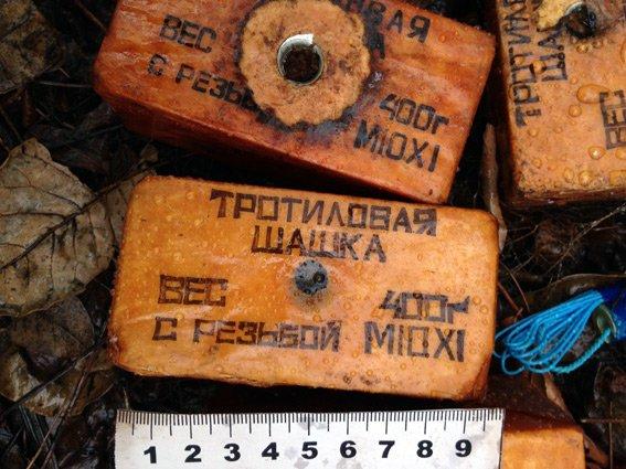 В Мариуполе полицейские за 10 дней изъяли более 140 гранат, 6 килограмм взрывчатки и около 3 тысяч патронов (ФОТО) (фото) - фото 1