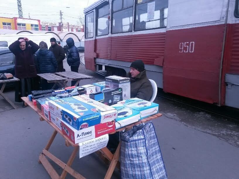 На Центральном рынке трамвай на большой скорости покатился назад. Пассажиры выпрыгивали на ходу (ФОТО), фото-7