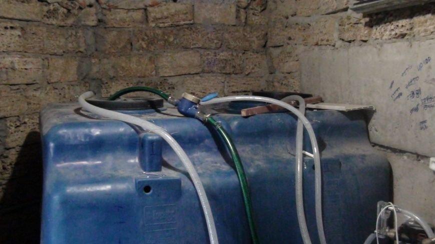 Слишком элитно: в Одессе на 7-м километре разливали элитную контрафактную водку (ФОТО) (фото) - фото 1