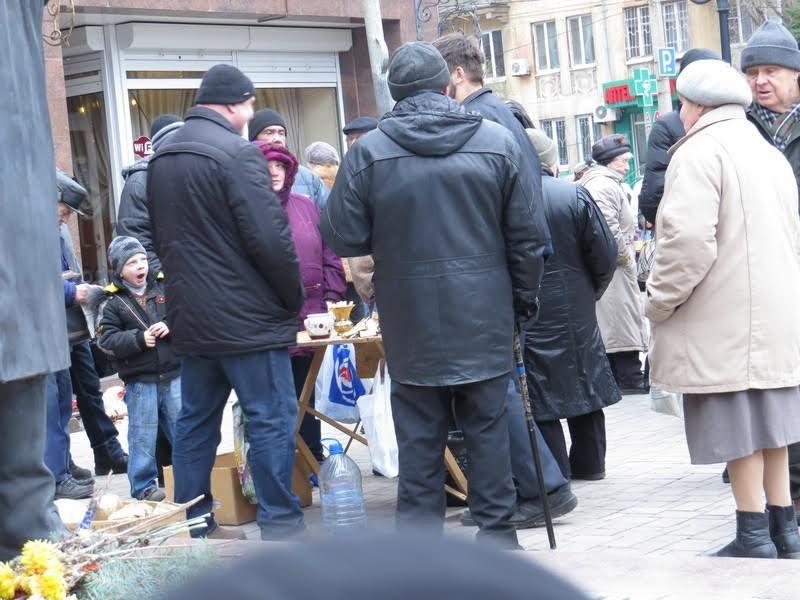 Мариупольцев поили бесплатным чаем (ФОТО), фото-4