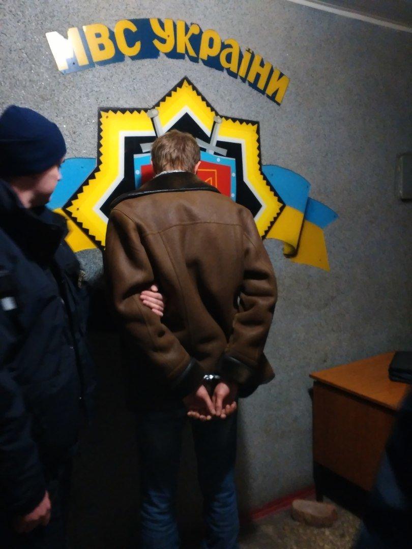 В Николаеве поймали маньяка-эксгибициониста (ФОТО) (фото) - фото 2
