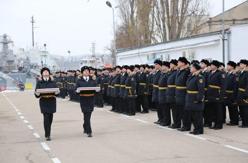 В Севастополе состоялось торжество в честь ввода кораблей «Зеленый Дол» и «Серпухов» в состав Черноморского флота (ФОТО) (фото) - фото 2