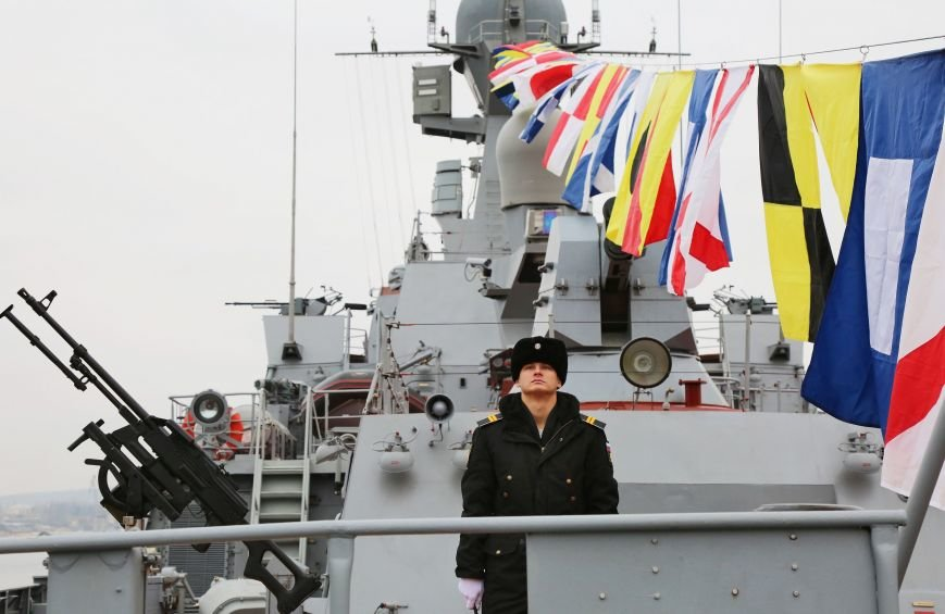 В Севастополе состоялось торжество в честь ввода кораблей «Зеленый Дол» и «Серпухов» в состав Черноморского флота (ФОТО) (фото) - фото 5