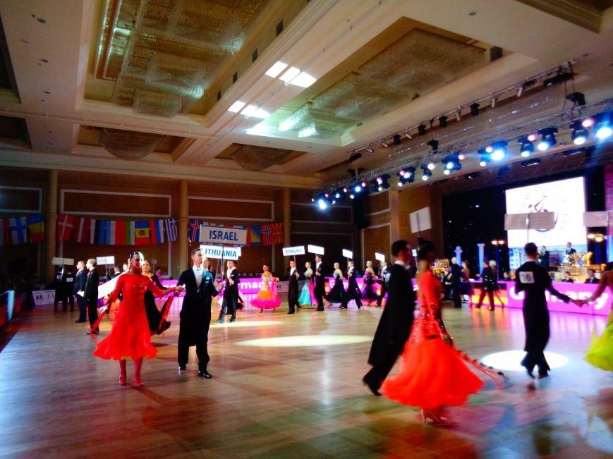 В Днепропетровске за звание лучших бальников соревновались танцоры со всего мира (ФОТО, ВИДЕО) (фото) - фото 5