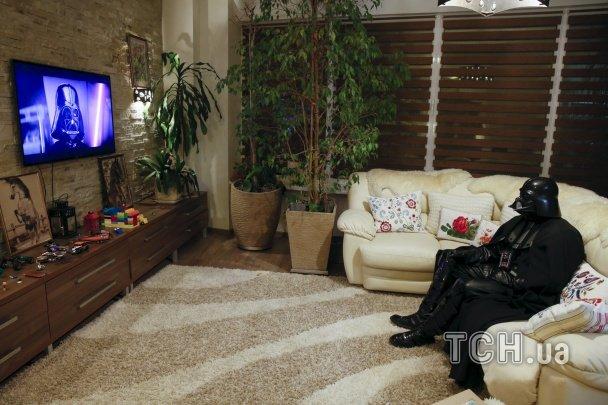 697517acf1a7d1ea71fed7582d8bc591 Фотографы показали типичный день одесского Дарта Вейдера
