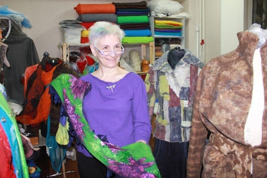 Сыктывкарка не только создает свою одежду, но даже ткани (фото) - фото 3