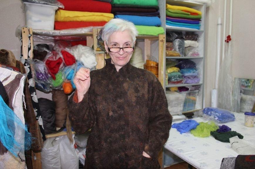 Сыктывкарка не только создает свою одежду, но даже ткани (фото) - фото 4