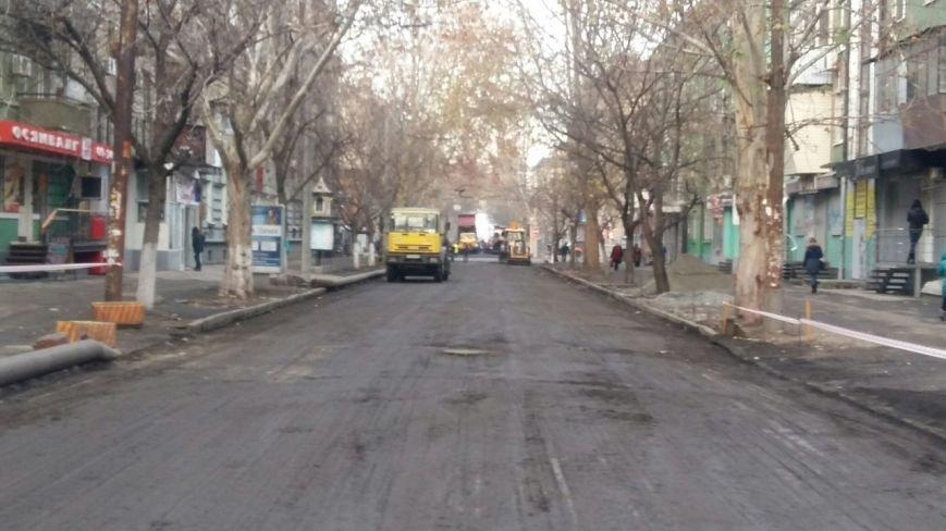 В Днепропетровске продолжается ремонт улицы Московской (ФОТО) (фото) - фото 1