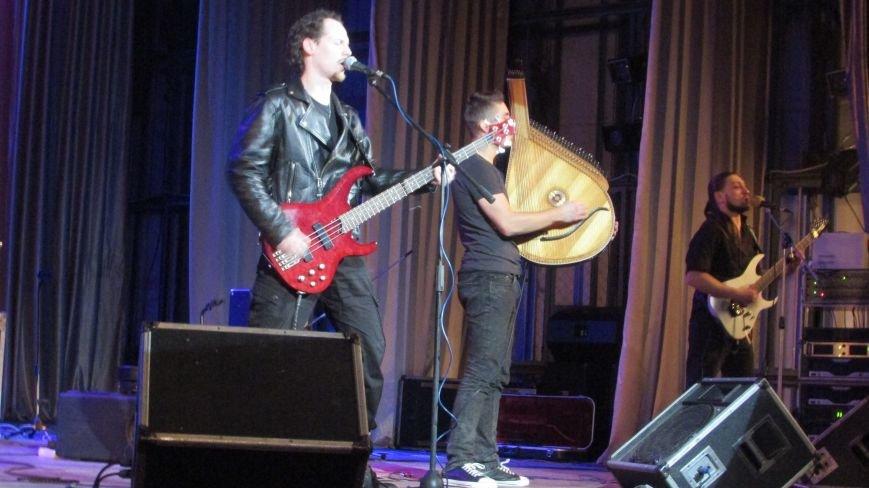 В Северодонецке выступили две украинские музыкальные группы (ФОТО), фото-3