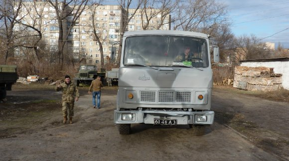 Александрийские волонтеры-ремонтники отметили круглое число - восстановлено 55 автомобилей (фото) - фото 1