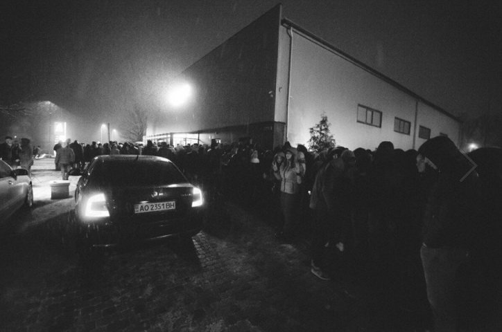 Російські репери з піснями на бандитському сленгу і з матюками зібрали в Івано-Франківську аншлаг. ФОТО (фото) - фото 3