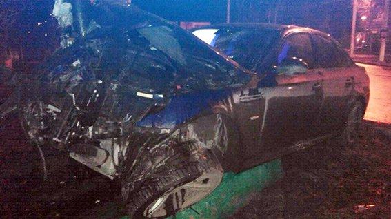 Цієї ночі у Хмельницькому сталося дві аварії за участю молодих людей (Фото) (фото) - фото 1