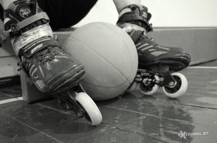 «Да вы ненормальные!..», или Как в Витебске играют в футбол на роликах (фото) - фото 3