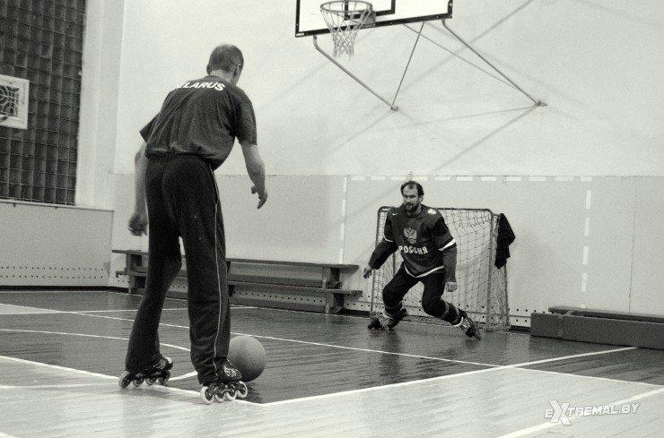«Да вы ненормальные!..», или Как в Витебске играют в футбол на роликах (фото) - фото 4