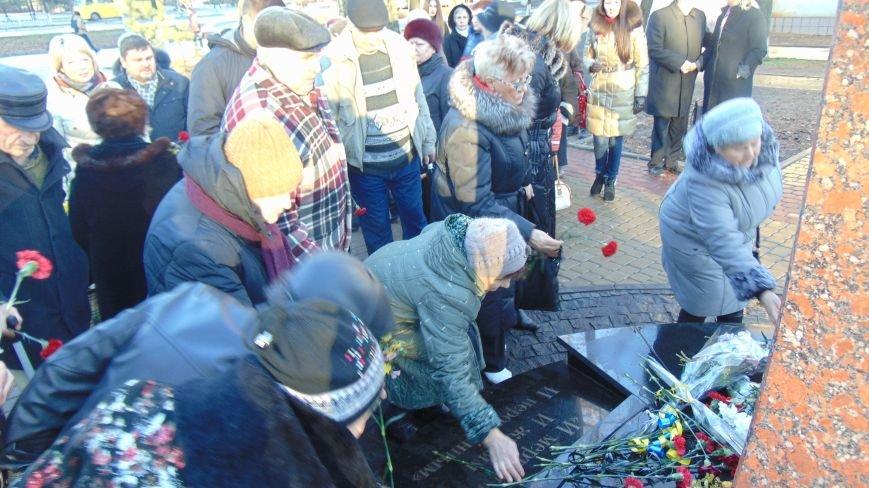 В Мариуполе почтили память погибших в Чернобыльской катастрофе(ФОТО) (фото) - фото 1