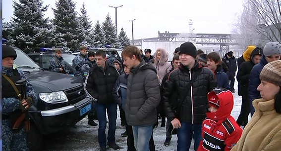 В Днепропетровске полиция полка особого назначения провела экскурсию детям (ФОТО) (фото) - фото 3