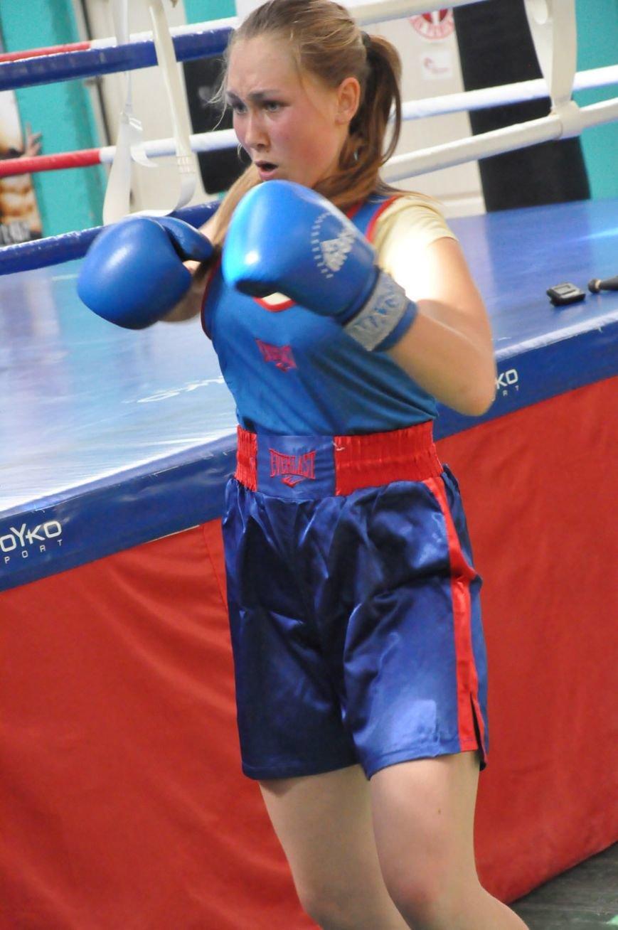 Днепродзержинские спортсменки завоевали три награды на международном турнире по боксу, фото-1